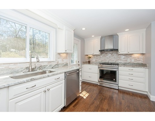 32 Thornberry Road, Winchester, MA