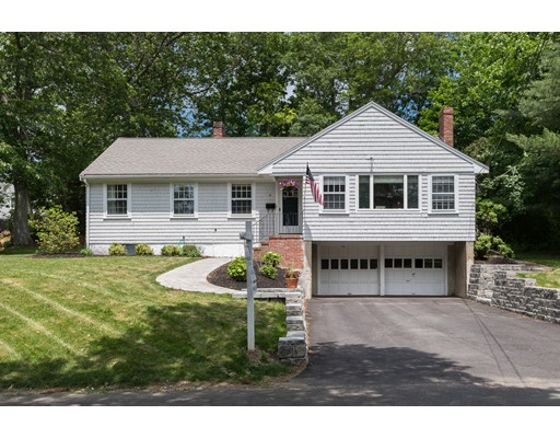 Photo of 19 Pilgrim Rd Hingham MA 02043