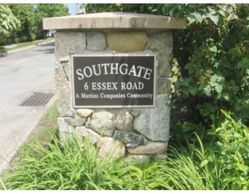 6 Essex Road, Ipswich, MA 01938