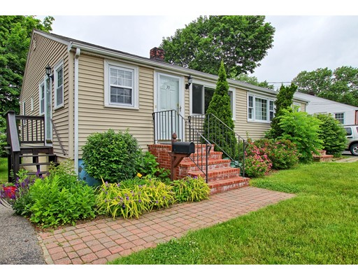 39 Oxford Street, Norwood, MA 02062