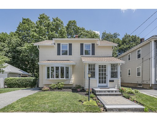 17 Russell Road, Winchester, MA