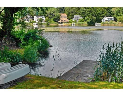 320 Pillings Pond Road, Lynnfield, MA