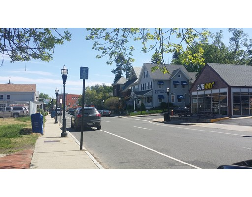 90 Center Street, Chicopee, MA 01013