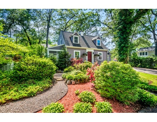 11 Harding Road, Needham, MA