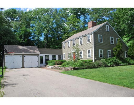 4 Greentree Lane, Newbury, MA