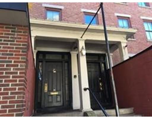 19 Hurd Street, Lowell, MA 01852