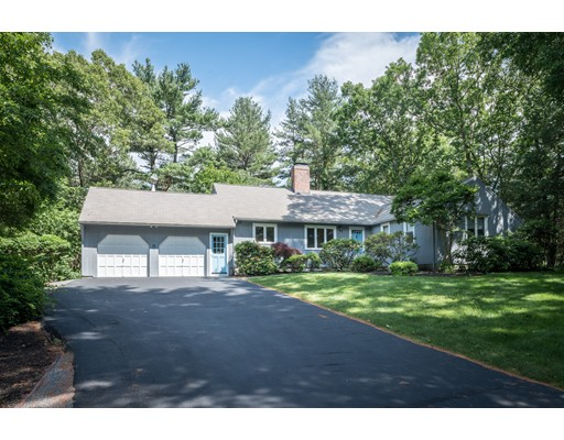 Photo of 41 Woods End Rd Dedham MA 02026