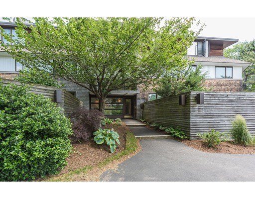28 Ladds Way, Scituate, MA 02066