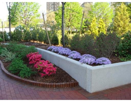 2 Hawthorne, Boston, Ma 02114