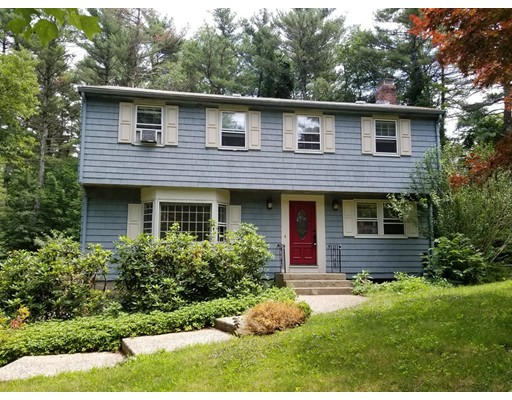 6 Cross Street, Medfield, MA