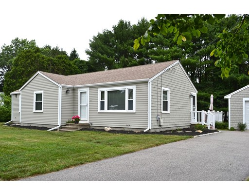 15 Blueberry Way, Marion, MA