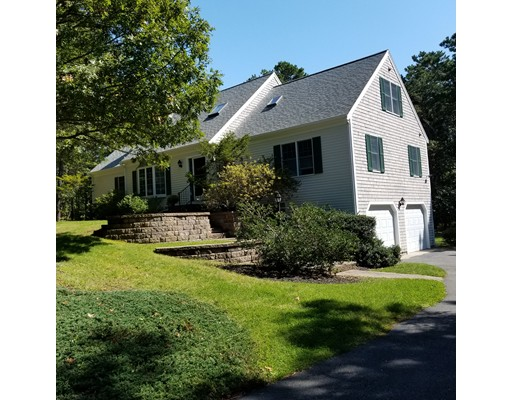 Photo of 8 Kettle Pond Dr Harwich MA 02645