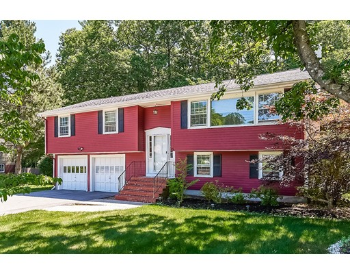 Photo of 13 Ledgetree Rd Medfield MA 02052