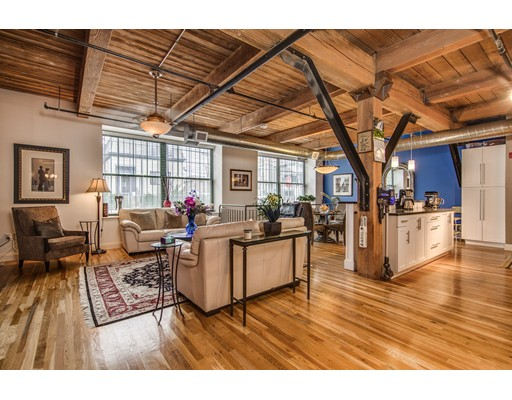 60 Dudley St, Chelsea, MA 02150