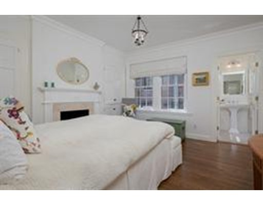 44 Cedar Lane Way #SF, Boston, MA 02108