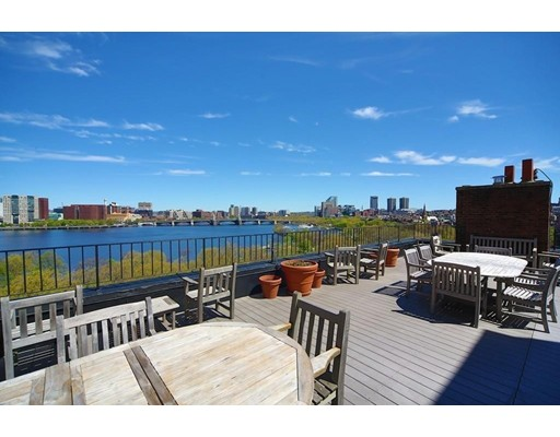 Condominium/Co-Op for sale in 172 Beacon St Back Bay, Boston, Suffolk
