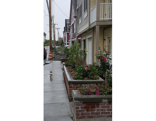 Photo of 33 Robey Street Boston MA 02119