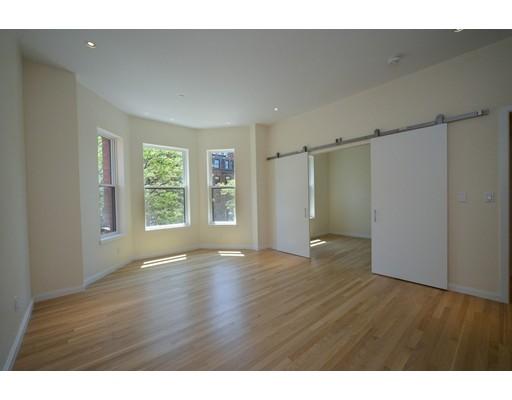 209 Newbury Street, Boston, Ma 02116