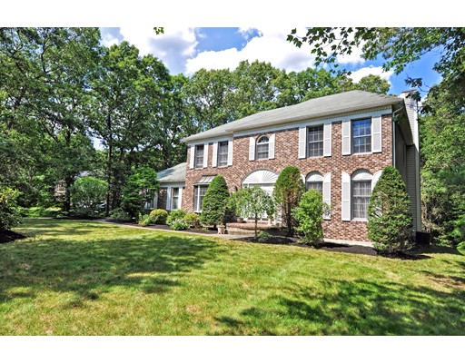 Photo of 12 Mill River Cir Franklin MA 02038