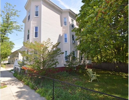 27 Holworthy Street, Cambridge, MA 02138