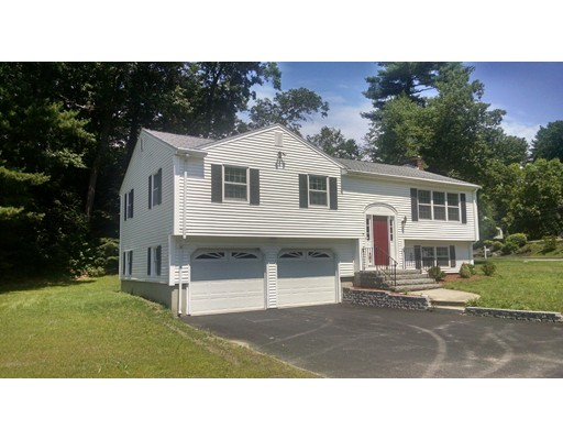 17 Hickory Lane, North Reading, MA