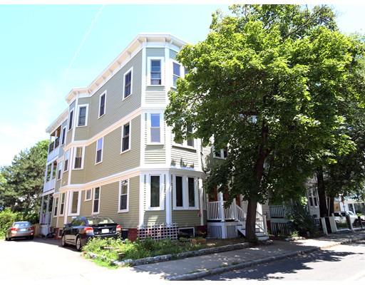 594 Putnam Ave, Cambridge, MA 02139