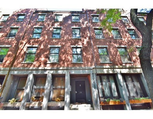 158 Commercial Street, Boston, MA 02109