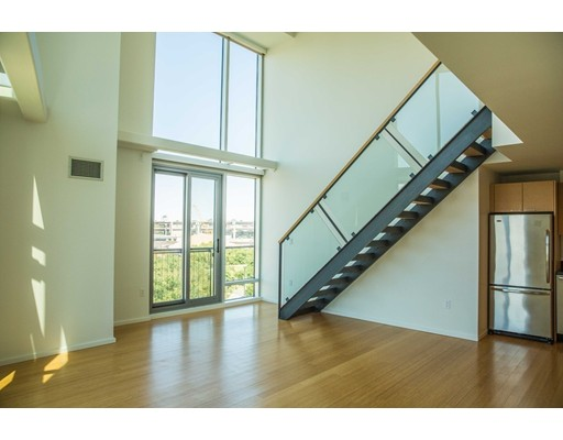1 Earhart St #522 Floor 5