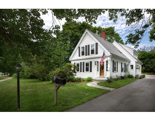 Photo of 164 Fort Hill St Hingham MA 02043