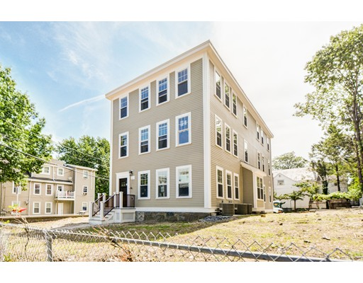 4380 Washington, Boston, MA 02131