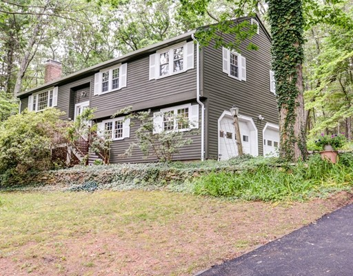 554 Springs Road, Bedford, MA