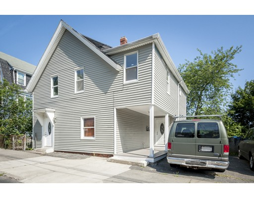 115 Beacon Hill Avenue, Lynn, MA 01902