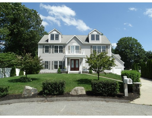 5 Lawn Avenue, Lexington, MA