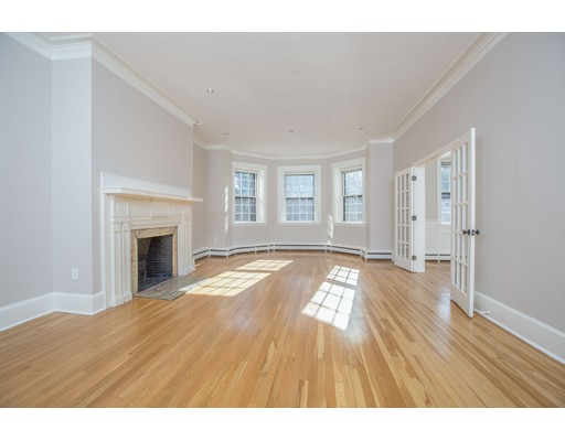 113 commonwealth, Boston, Ma 02116