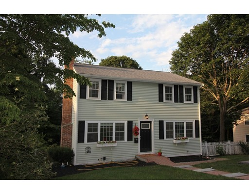 17 Harborview Drive, Hingham, MA