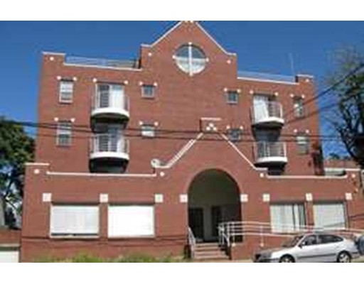 255 Beacon St, Somerville, MA 02143
