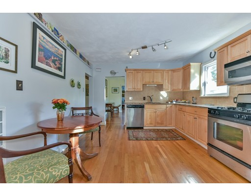4061 Washington Street, Boston, MA 02131