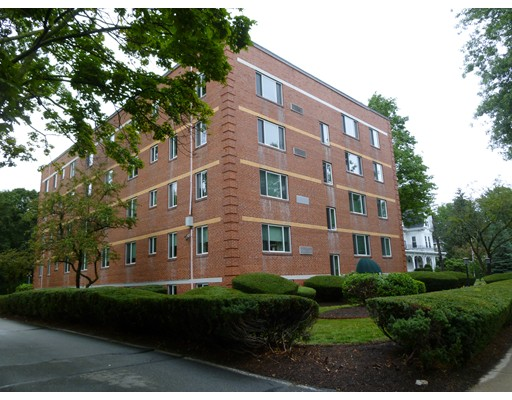 125 Pleasant Street, Arlington, MA 02476