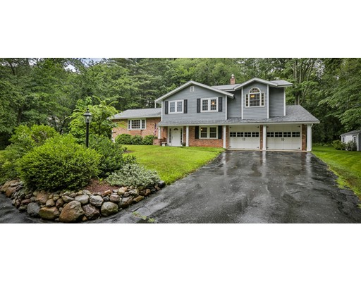 Photo of 9 Clover Hill Dr Chelmsford MA 01824