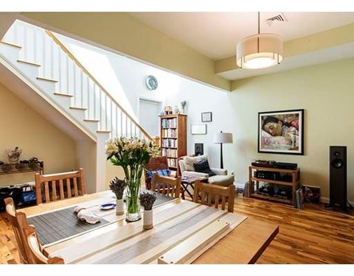 336 Saratoga Street, Boston, MA 02128