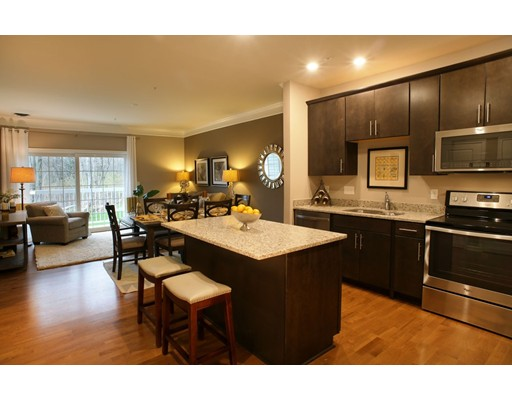 459 River Rd (unit 1103), Andover, MA 01810
