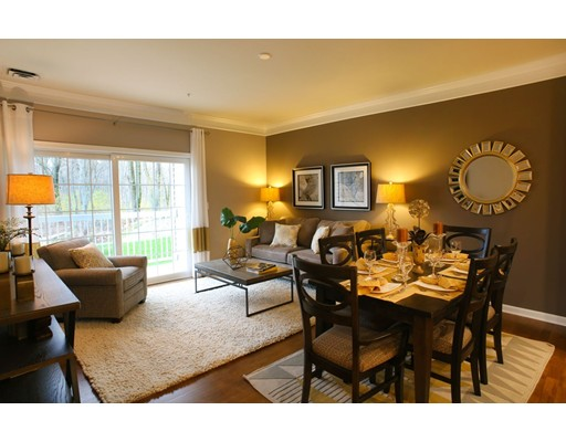 459 River Road (unit 1411), Andover, MA 01810