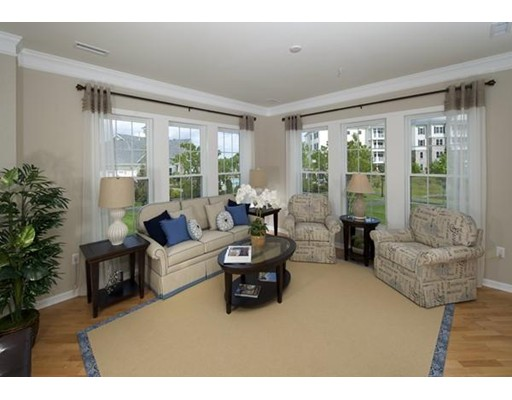459 River Rd (unit 1401), Andover, MA 01810