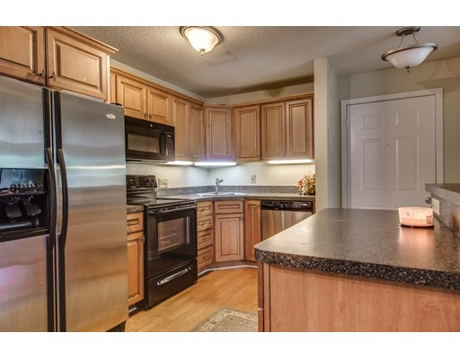 1100 Spring Valley Drive, Andover, MA 01810