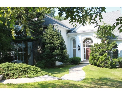 24 Connors Way, Leominster, MA