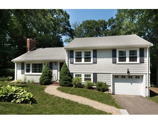25 Colonial Road, Hingham, MA