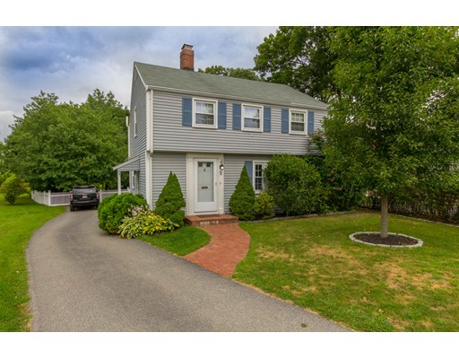 29 Nathaniel Road, Winchester, MA