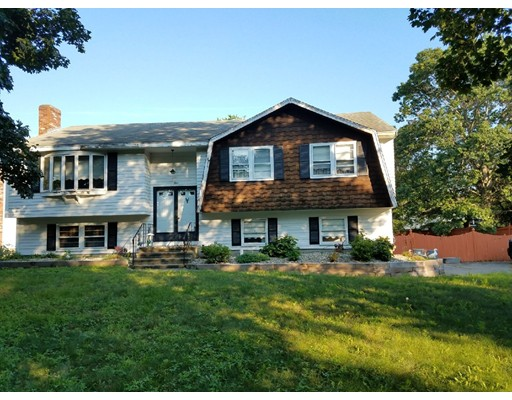 1 Colony Circle, Bedford, MA