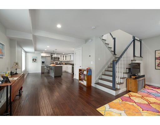 13 Broadway Place, Somerville, MA 02145