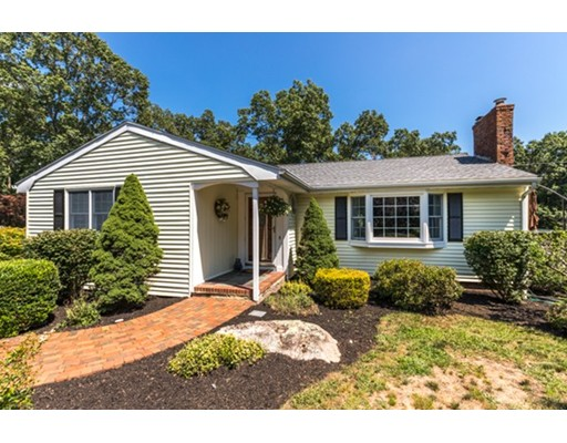 22 Country Club Road, North Reading, MA